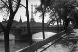 Pont des Invalides, Paris c1950s Giclee Print by Jules Dortes