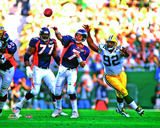 John Elway Super Bowl XXXII Action Photo
