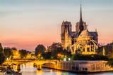Notre Dame De Paris by Night and the Seine River France in the City of Paris in France Reproduction photographique par  OSTILL