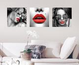 Red Lips Wall Decal - Duvar Çıkartması
