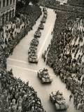 Parade of Italian Military Units in the Piazza Venezia, Rome Photographic Print by Luigi Leoni