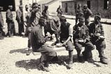 Austrian Prisoners in Bagnaria Arsa Photographed While Eating a Meal Reproduction photographique par Ugo Ojetti