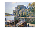 Cabins at the Loing Canal in Sunshine, 1896 Giclee Print by Alfred Sisley