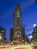 Flat Iron Building at Night 2 - New York City Landmark Street View Kunst på metall av Henri Silberman