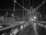 On the Brooklyn Bridge Night Kalkomania ścienna autor Henri Silberman