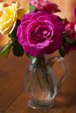 Pink Rose in a Venetian Vase 2 (Still Life) Autocollant mural par Henri Silberman