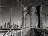 On The Brooklyn Bridge - Arches, Cables, Manhattan View, Day Muursticker van Henri Silberman