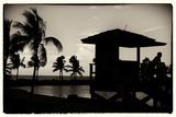Life Guard Station at Sunset - Miami - Florida Papier Photo par Philippe Hugonnard