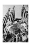 Sagrada Familia in Barcelona, 1934 Photographic Print by  Scherl