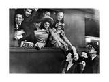 Französische Schauspieler auf dem Weg nach Deutschland, 1943 Photographic Print by  Scherl
