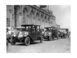 Taxis in Moscow Photographic Print by  Scherl