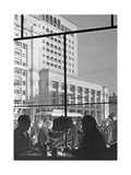 'Café National' in Moskau, 1939 Photographic Print by  Scherl
