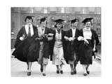Absolventinnen der Universität von London, 1937 Photographic Print by  Süddeutsche Zeitung Photo