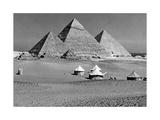 Zelte vor den Pyramiden von Gizeh, 1936 Photographic Print by  Scherl