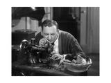 Mann an einer Nähmaschine, 1930er Jahre Photographic Print by  SZ Photo