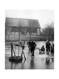 Ice Skating at the Spreewald, 1937 Photographic Print by  Scherl