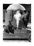 """Raketenwagen """"Rak 7"""" vor einer Testfahrt in Berlin-Britz, 1930 Photographic Print by  Scherl"""