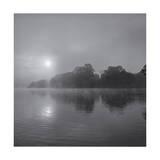 Sunrise on Lake Fotografisk tryk af Henri Silberman