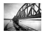 Bridge over Euphrates, 1939 Fotografisk tryk af Scherl