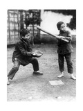 Chinesische Jungen beim Baseballspielen, 1928 Impressão fotográfica por  Süddeutsche Zeitung Photo