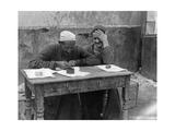 Straßenschreiber in Kairo, 1925 Photographic Print by  Scherl