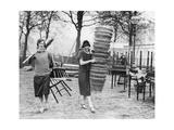 Helferinnen des YWCA während des Generalstreiks in London, 1926 Photographic Print by  Süddeutsche Zeitung Photo