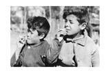 Kinder in Argentinien, 1938 Photographic Print by Knorr Hirth Süddeutsche Zeitung Photo