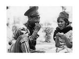 Mexikanischer Soldat mit Frau, 1936 Photographic Print by Knorr Hirth Süddeutsche Zeitung Photo