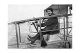 Maurice Colliex mit Flugapparat in Frankreich, 1911 Photographic Print by Scherl Süddeutsche Zeitung Photo
