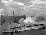 British Liner, Queen Mary, Arrives in New York Harbor, June 20, 1945, with U.S. Troops from Europe Print