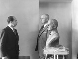 President Harry Truman Poses Next to the Bust by Artist Felix De Weldon (Left), Jan. 7, 1949 Posters