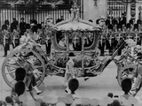 Queen Elizabeth Ii Riding in the Gold State Coach Enroute to Her Coronation, June 6, 1953 Posters
