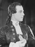 Monsieur Beaucaiire, Rudolph Valentino, 1924 Photo