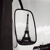 Eiffel Tower Reflection, c1960 Posters par Paul Almasy