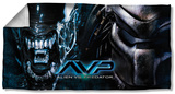 Alien Vs Predator - Poster Beach Towel Beach Towel