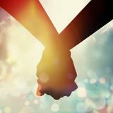 Couple Holding Hand at Sun Rise Fotografisk tryk af  2jenn