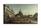 View of the Neumarkt in Dresden from the Jüdenhofe, 1749 Giclee Print by Bernardo Bellotto