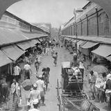 One of the Chief Native Market Streets, Rangoon, Burma, 1908 Photographie