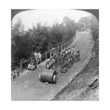 A Woman Work Team on the Darjeeling Highway, India, 1903 Giclee Print by  Underwood & Underwood