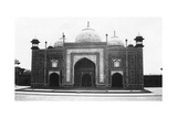 Taj Mahal Mosque (Or Masji), Agra, India, 1916-1917 Giclee Print