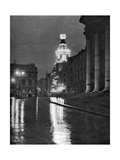 Wet Weather in Trafalgar Square, London, 1926-1927 Giclee Print by Paterson
