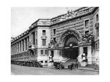 Waterloo Station, London, 1926-1927 Giclee Print by  McLeish
