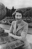 Queen Elizabeth II at Balmoral, 28th September 1952 Photographic Print by Lisa Sheridan