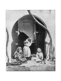 Group of Women, Algeria, Africa, Late 19th Century Giclée-tryk af John L Stoddard