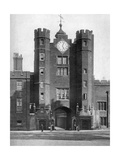 Gatehouse of St James's Palace, London, 1924-1926 Giclee Print