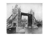Tower Bridge, London, 1911-1912 Giclee Print by Reinhold Thiele