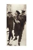 Emmeline Pankhurst Arrested by Superintendent Rolfe Outside Buckingham Palace, London, May 1914 Giclee Print
