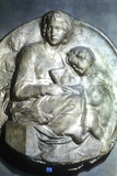 Virgin and Child, 1504-1505 Photographic Print by  Michelangelo Buonarroti