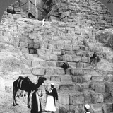 Entrance to the Great Pyramid of Giza, Egypt, 1905 Photographic Print by  Underwood & Underwood