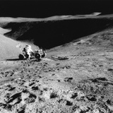Astronaut David Scott (B193) on the Slope of Hadley Delta During Apollo 15, 1971 Reproduction photographique